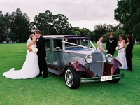 thirties-limousines-a-old-limo-7d