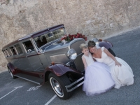 thirties-limousines-a-old-limo-9c